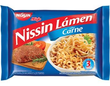 Macarrão instantâneo Nissin carne 85g.