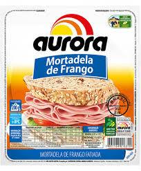 Mortadela de frango fatiada a vácuo Aurora 200g.
